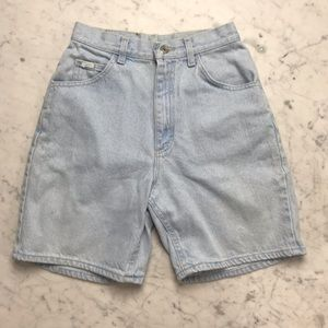 Vintage Lee Light Wash Boyfriend Denim Jean Shorts